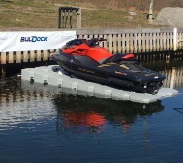 Buldock Vannscooter Dock
